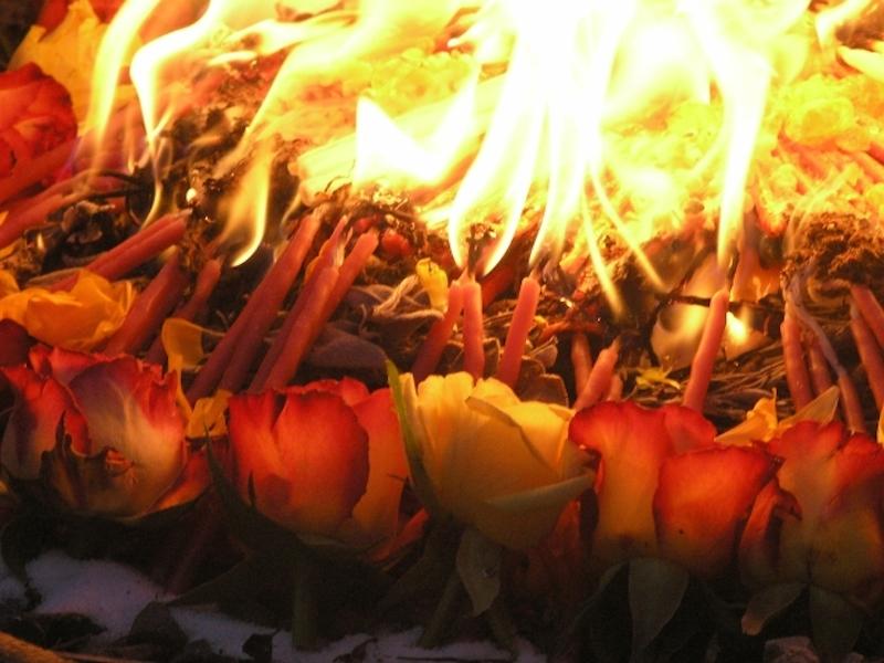 ...und des rituellen Feuers