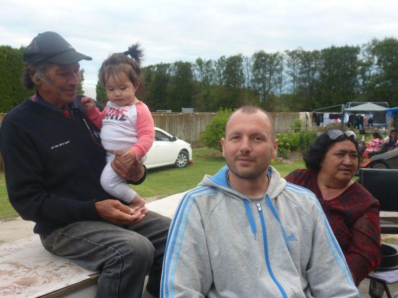 """Uncle """"Dooley"""" Gabriel, ein landesweit bekannter Meister der Maori-Schnitzkunst"""