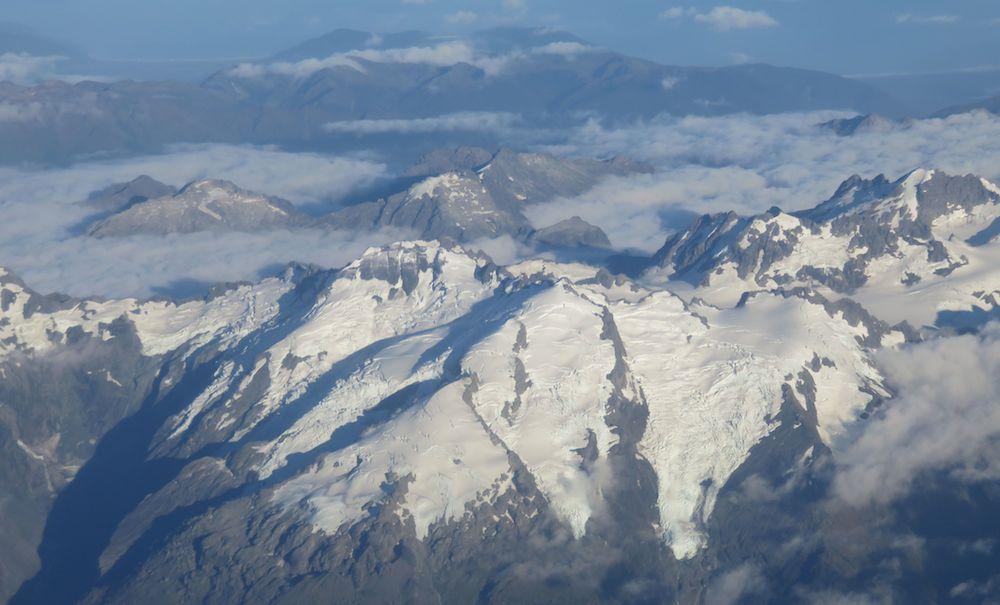 Gletscher in den südlichen Alpen vom Flieger aus