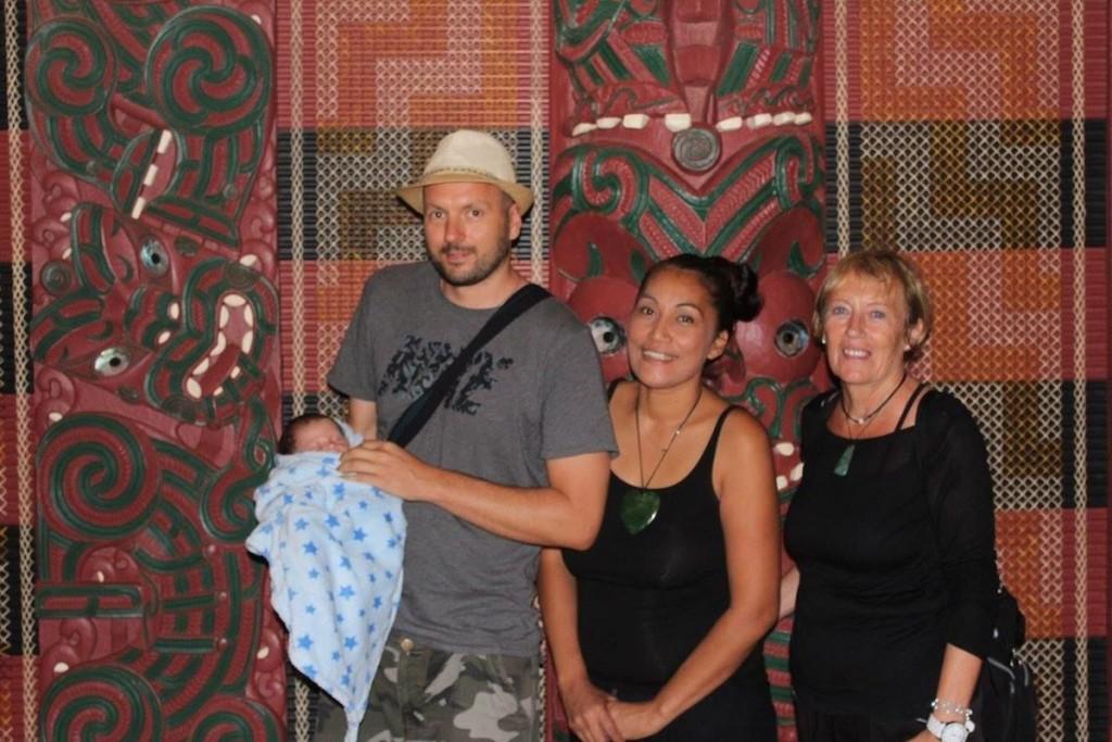 Ahnenbesuch im Mataatua-Marae