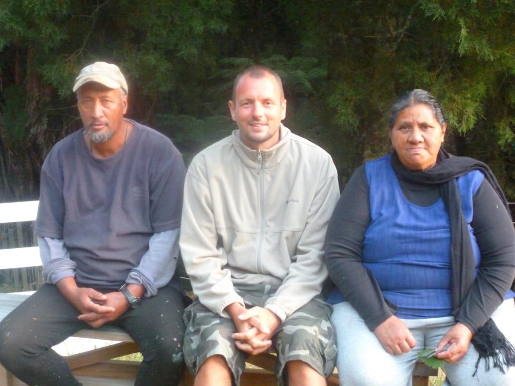 Ich mit Len und Pohutu auf einem Foto von 2013