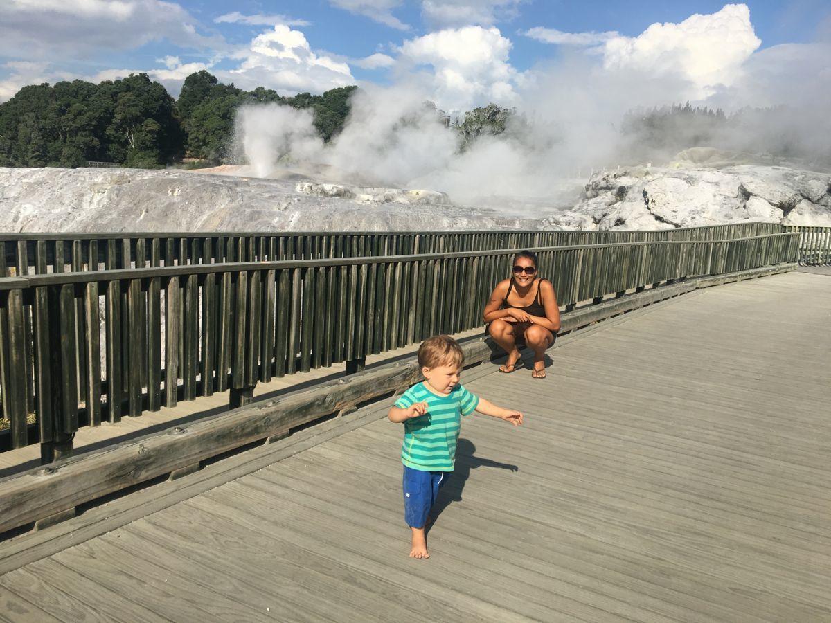 Bei den Geysiren in Rotorua